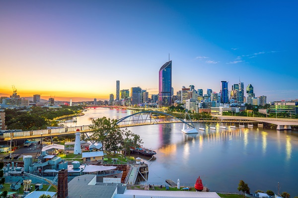 Brisbane city skyline and Brisbane river at twilight